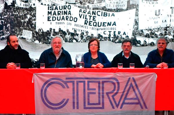 conferencia-de-prensa-ctera-repudio-la-represion-de-neuquen1