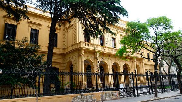 Escuela Mariano Acosta