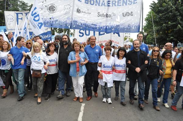 marcha-SUTEBA19-3-14
