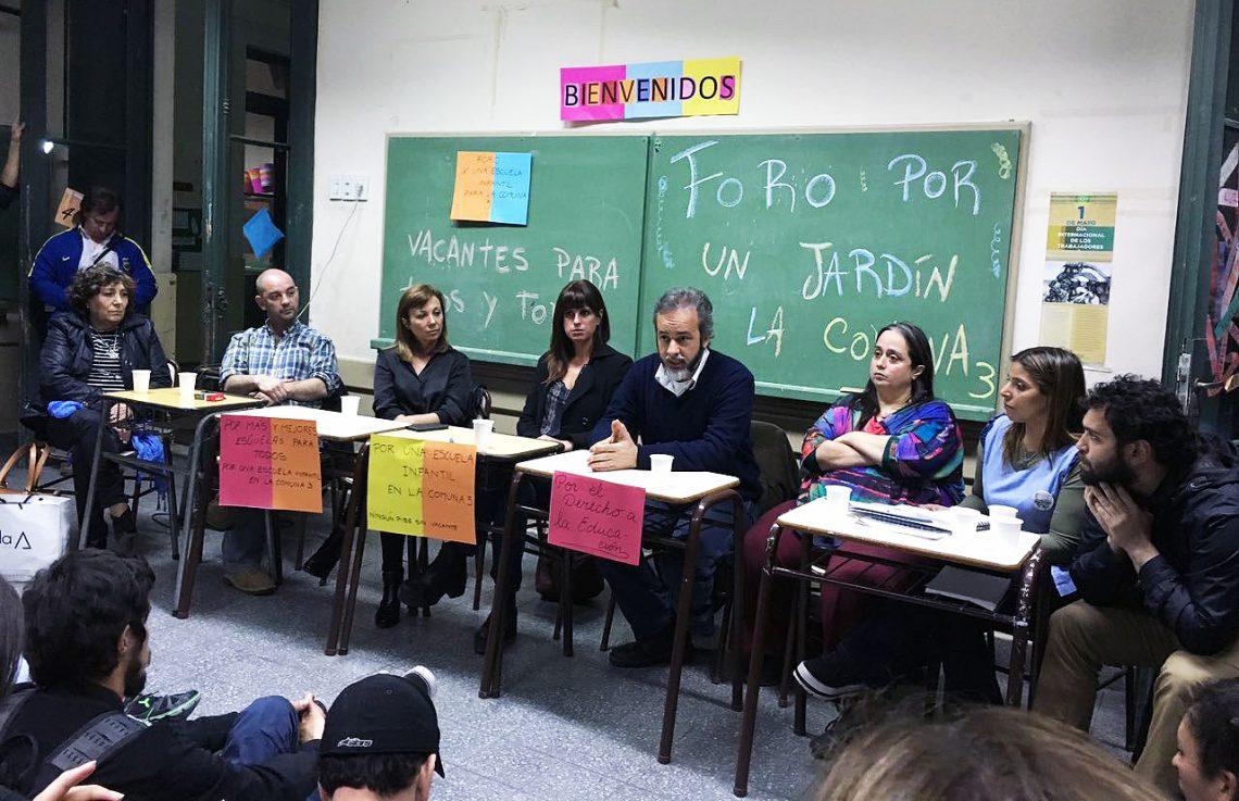 """Foro X una Escuela Infantil en la Comuna 3:  """"No sobran niños, faltan escuelas"""""""