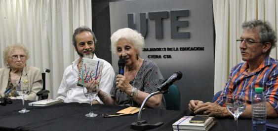 La Escuela Pública abrazó a Estela de Carlotto