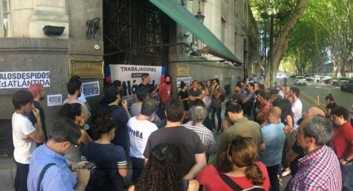 Solidaridad con lxs trabajadorxs de Editorial Atlántida