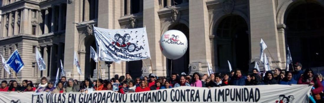 """Caravana a Tribunales contra la violencia institucional:  Gran acompañamiento a la """"querella villera"""""""