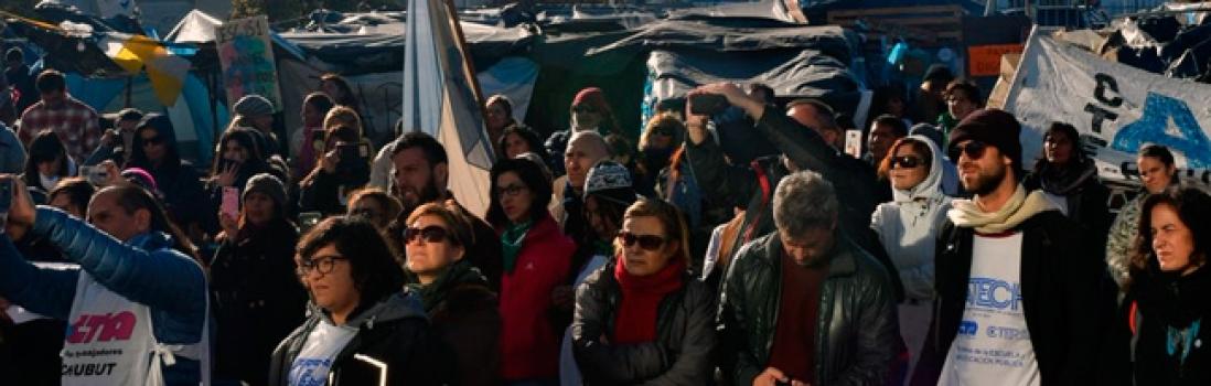 Repudiamos la brutal represión a los docentes de Chubut