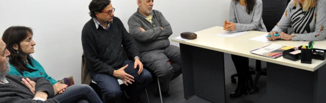 Reunión en la Defensoría del Pueblo de docentes jubilados de UTE