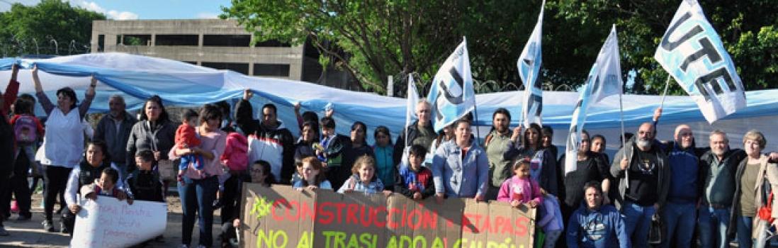 Abrazo a las escuelas del Polo de retiro contra el desalojo