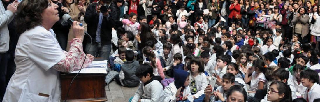 La Comunidad Educativa del Mariano Acosta despidió a Raquel Papalardo