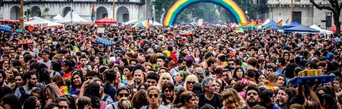 LA EDUCACIÓN EN MARCHA:  La UTE acompañó la Semana del Orgullo LGBT