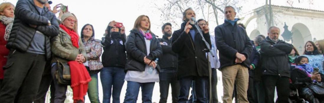 Masiva movilización de sindicatos porteños contra el ajuste en la ciudad