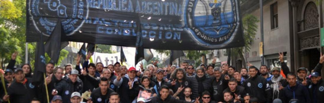 No a la persecución a trabajadores