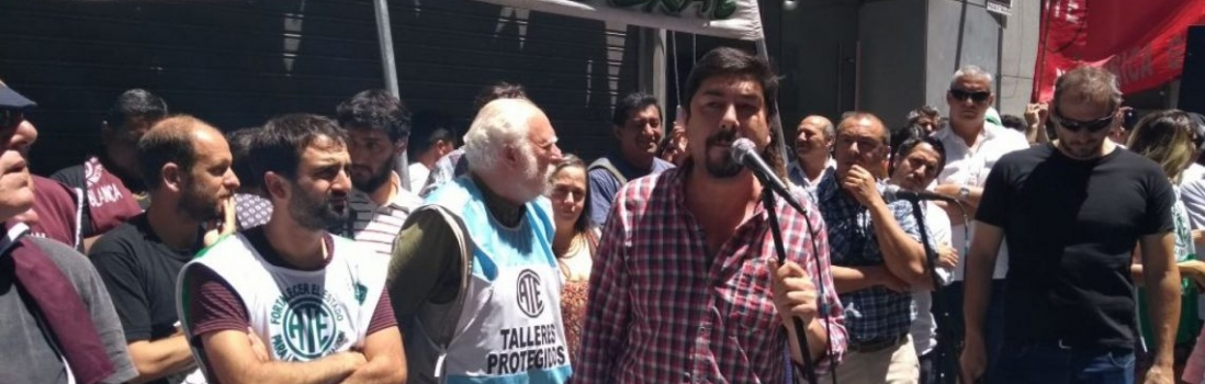 Acto en  la Casa de Neuquén contra Brutal represión